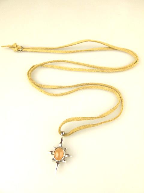 M's collection オレンジムーンストーン革ひもネックレス