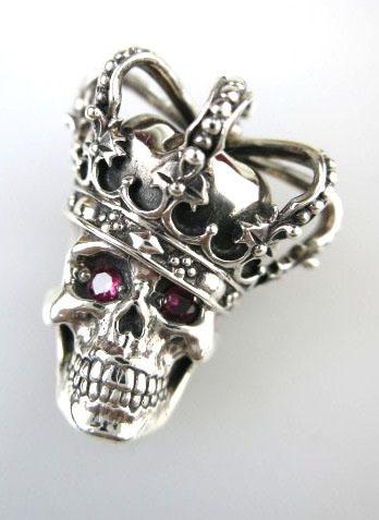 Justin Davis Essential Skull ペンダント (RUBY) SPJ155