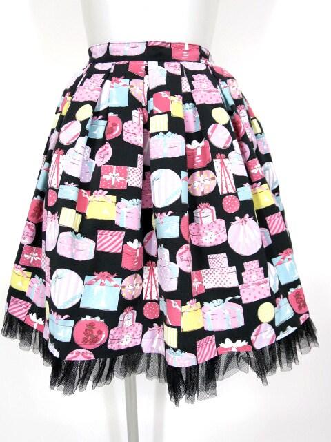 Emily Temple cute プレゼントボックス柄スカート