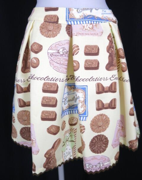 Emily Temple cute ショコラティエプリントスカート