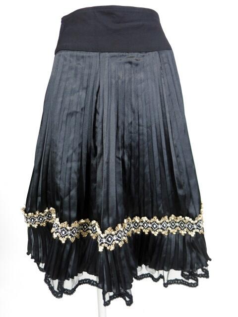 OZZ ONESTE メッシュペチコート付きサテンプリーツスカート