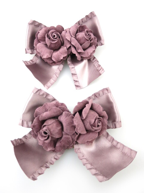 Victorian maiden 薔薇コサージュ付きリボンコーム