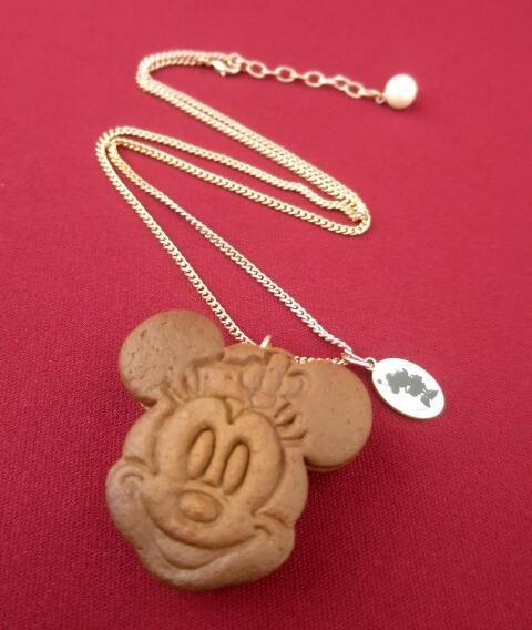 Q-pot. ミニーマウス / ラズベリー クッキーサンドアイス ネックレス