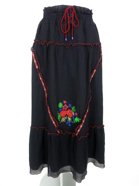 ANNA SUI チロリアン刺繍ロングスカート