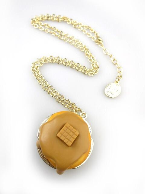 Q-pot. キャラメルパンケーキ ネックレス