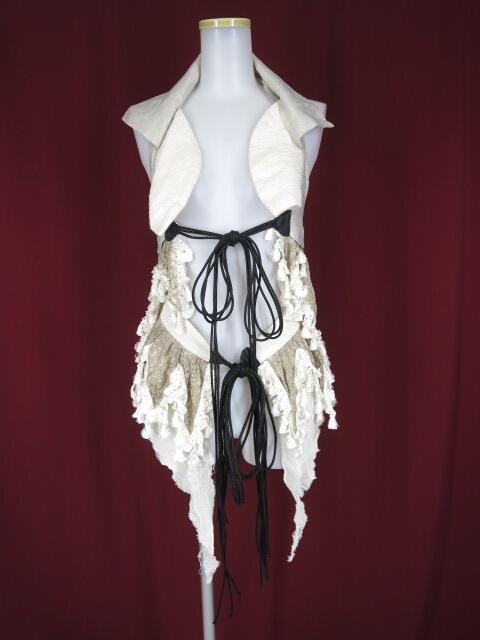 alice auaa 裾レース付きホルターネックベスト&オーバースカート