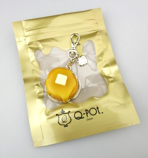 Q-pot. メープルシロップパンケーキバッグチャーム