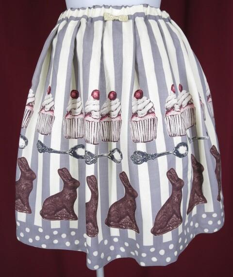 Emily Temple cute うさぎチョコストライプスカート