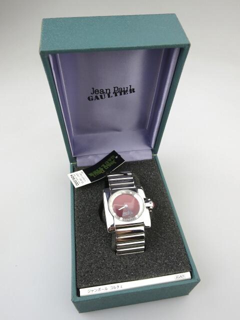 Jean Paul GAULTIER 球面フェイス腕時計