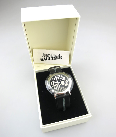 Jean Paul GAULTIER ラウンドフェイス腕時計