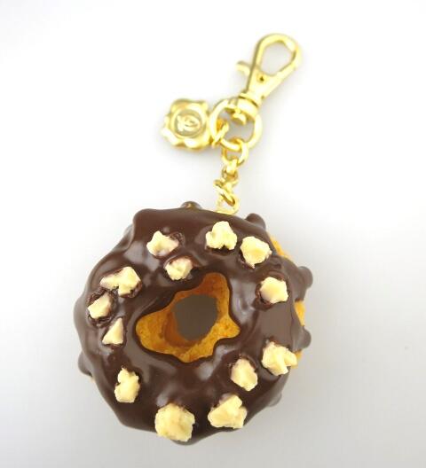 Q-pot. チョコレートドーナッツ バッグチャーム