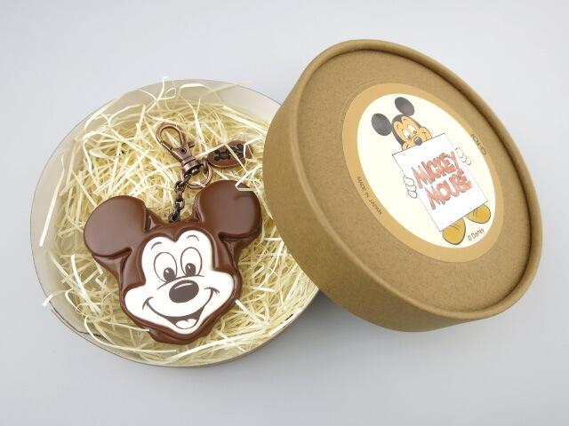 Q-pot. × Disney ミッキーマウス チョコケーキ バッグチャーム
