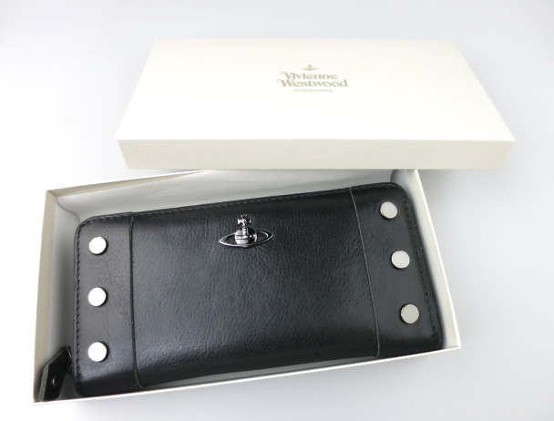 Vivienne Westwood ヌーロック 長財布