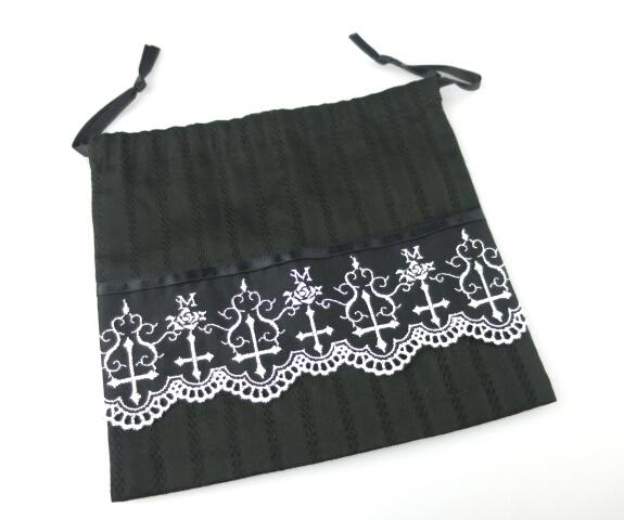 Moi-meme-Moitie 十字架刺繍巾着袋