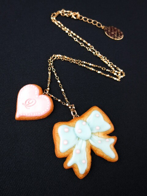 Q-pot. リボン&ハートシュガークッキー ネックレス