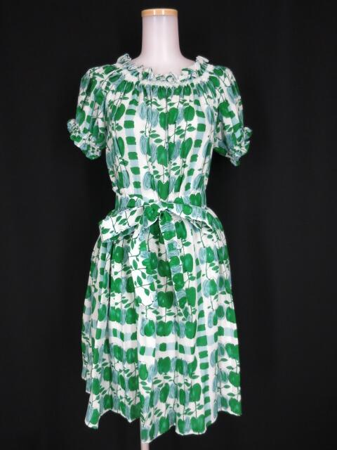 Jane Marple Little applesのシャーリングドレス