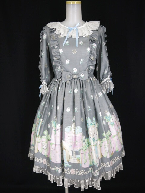 Angelic Pretty Un Birthdayワンピース