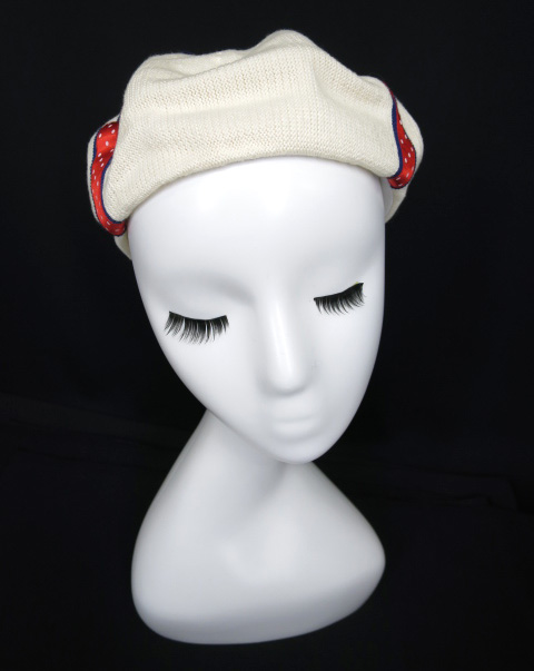 Emily Temple Lulu プレゼントリボンベレー帽