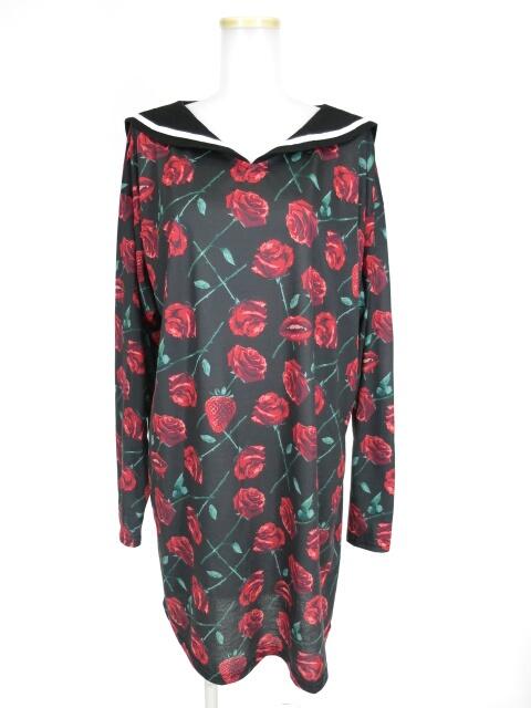 LISTEN FLAVOR 情熱の薔薇と誘惑の苺総柄セーラーワンピース