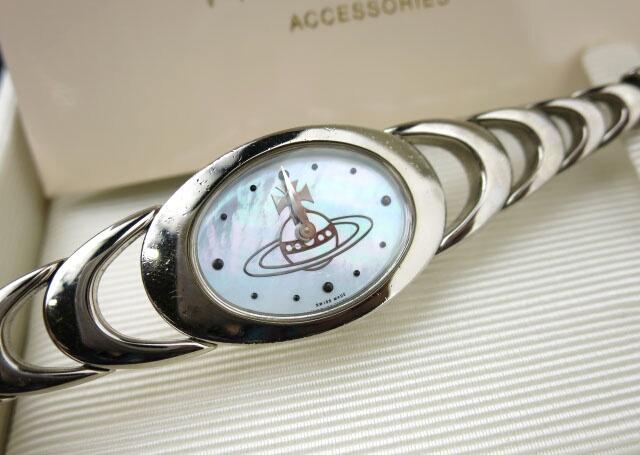 Vivienne Westwood オーブ シェル文字盤 腕時計(VW-9006)