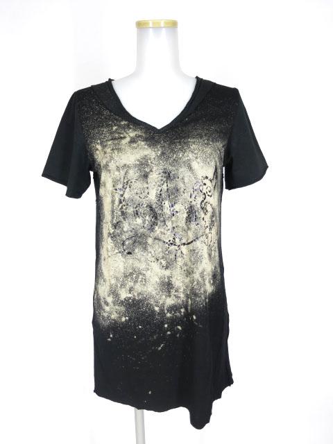 h.NAOTO ブリーチ柄VネックTシャツ