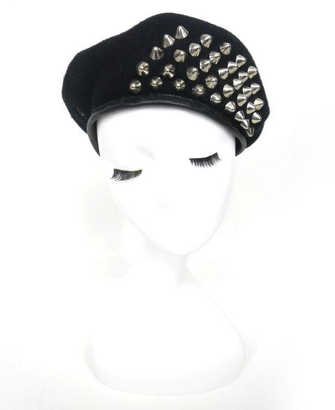 SEXY DYNAMITE スタッズ付きベレー帽