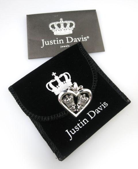 Justin Davis ラフィンクロススカルペンダント SPJ581