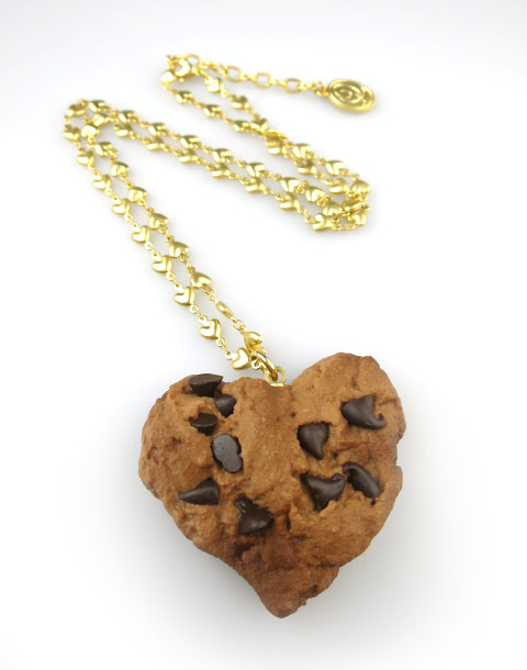 Q-pot. チョコチップハートクッキーネックレス