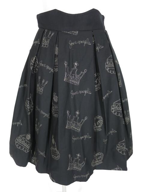 Jane Marple 王冠&ケーキ刺繍スカート