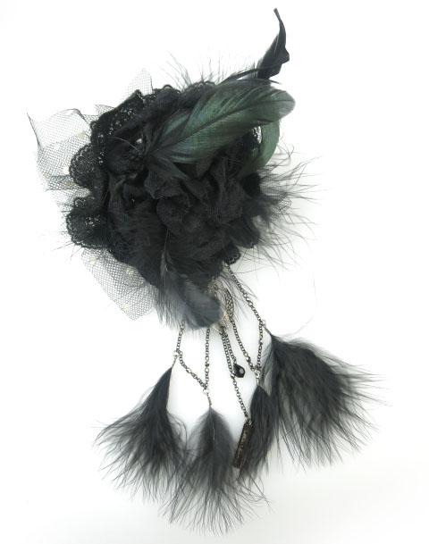 alice auaa 鴉羽根付きローズコサージュブローチ