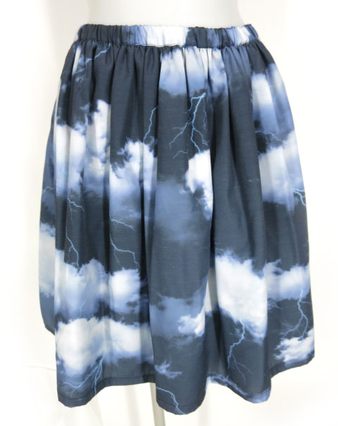 MILK CLOUDY スカート