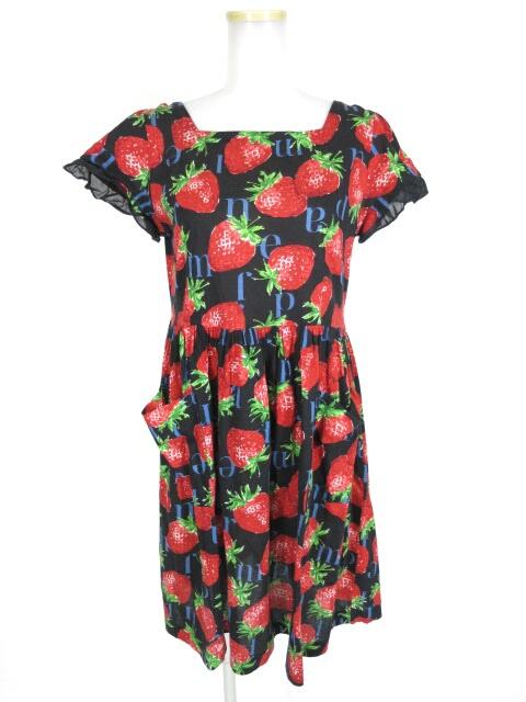 Jane Marple Strawberry Meets Logoのミニワンピース