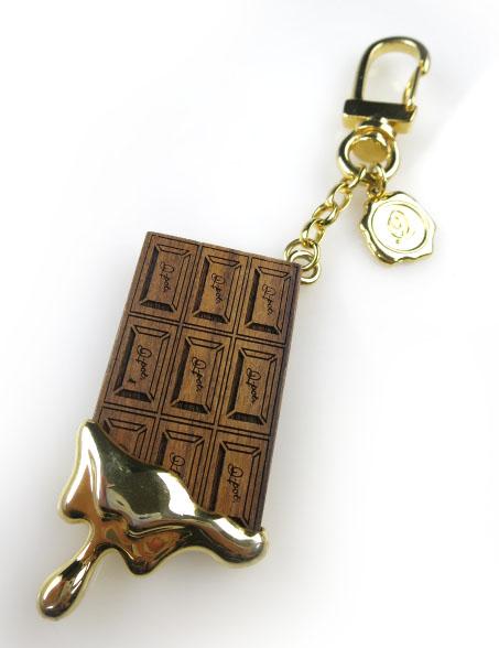 Q-pot. メルティチョコレートキーホルダー