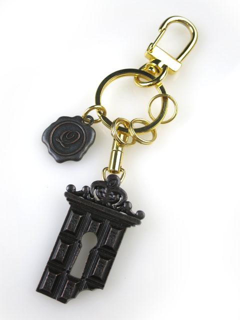 Q-pot. 鍵穴チョコキーホルダー