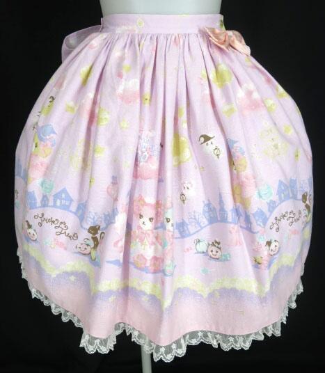 BABY, THE STARS SHINE BRIGHT なかよしくみゃちゃんのTrick or Treat柄 リリアンスカート