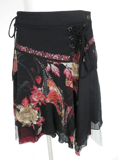 OZZ ONESTE 和柄巻きスカート