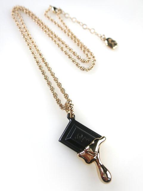 Q-pot. メルティーストロベリーチョコレート ネックレス