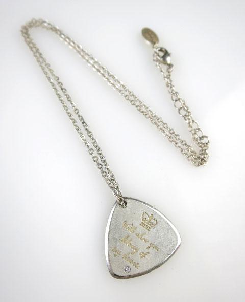 Jane Marple ピック型ネックレス
