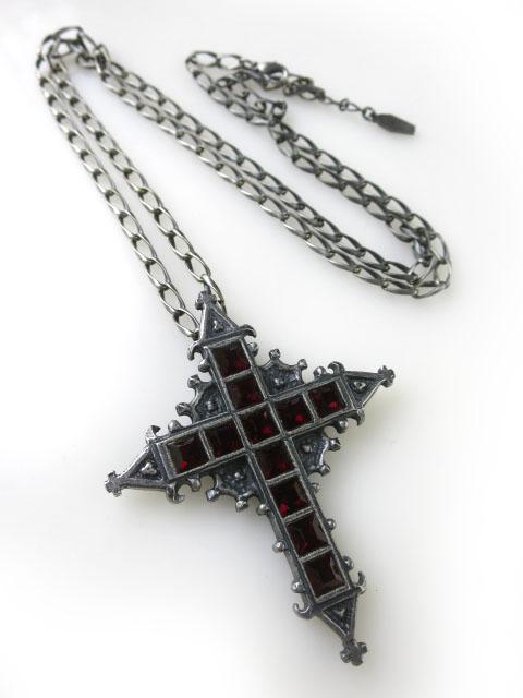 Moi-meme-Moitie レッドジュエル十字架ペンダント
