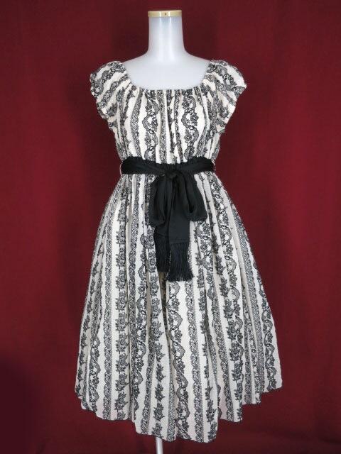 EXCENTRIQUE レースプリントのドレス