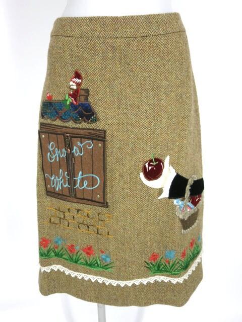Jane Marple 白雪姫アップリケ刺繍スカート
