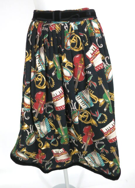 Jane Marple 楽器柄スカート