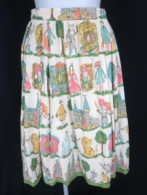 Jane Marple 長靴をはいた猫柄シフォンスカート