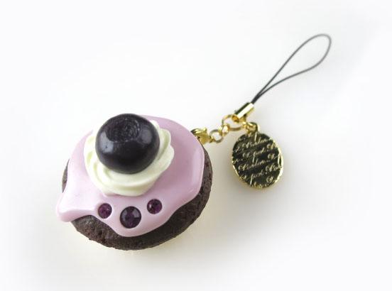 Q-pot. ブルーベリーカップケーキストラップ