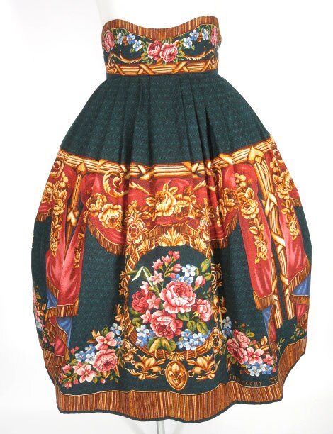 Innocent World 宮殿の薔薇スカート