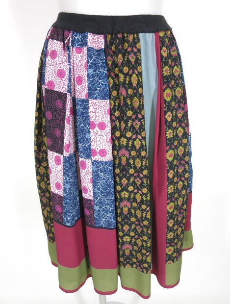 Jane Marple Dans Le Salon スカーフ柄スカート