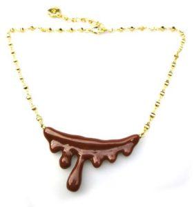 Q-pot チョコレートメルト ネックレス